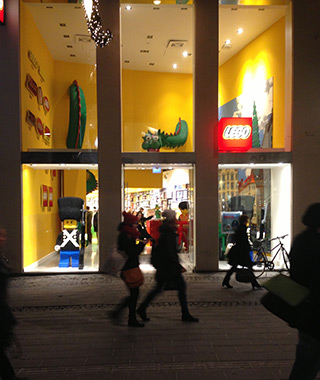 World's Greatest Toy Stores: LEGO Store