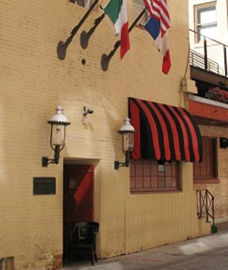 America's Strangest Restaurants: Safe House