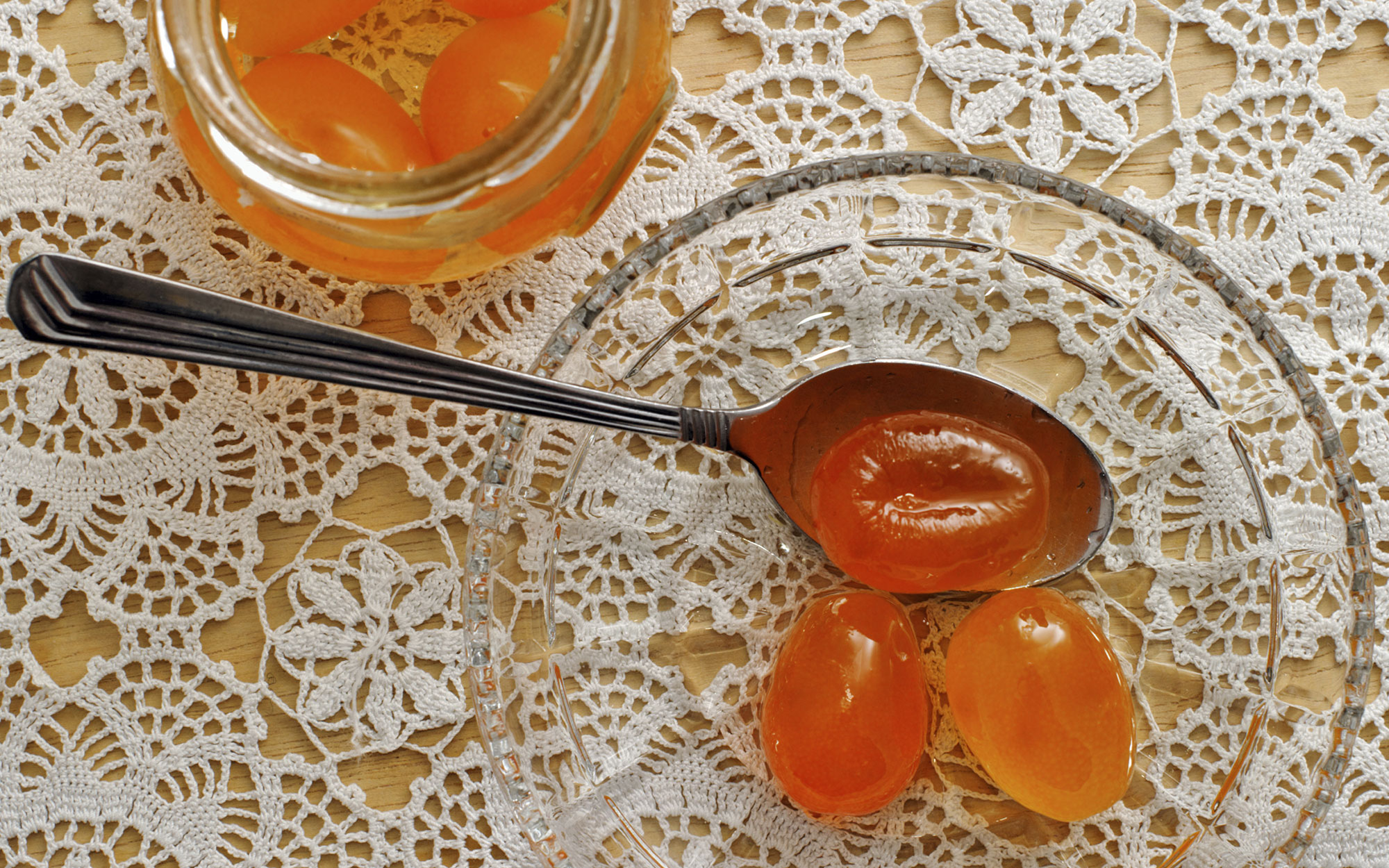 201401-w-strangest-cold-remedies-kumquat-syrup
