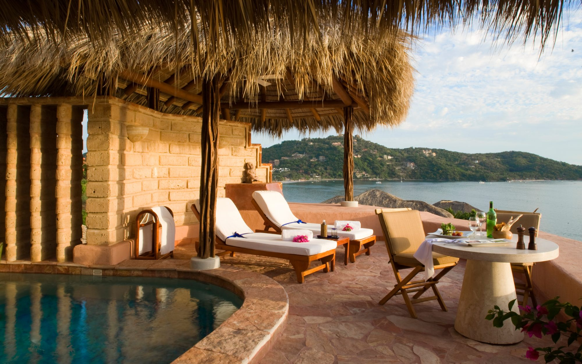 Best Mexico Beach Resorts: La Casa Que Canta