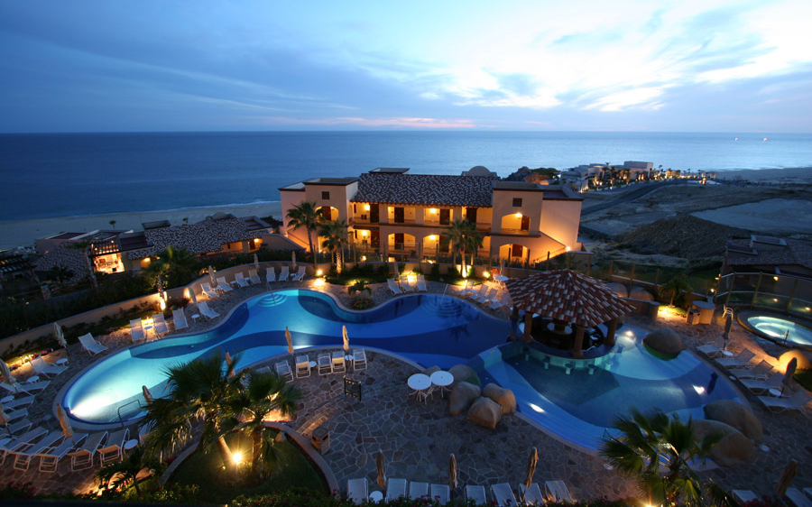 Best Mexico Beach Resorts: Pueblo Bonito Sunset Beach Resort