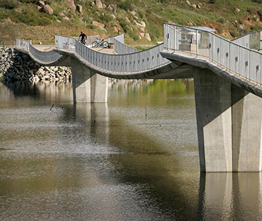 World's Longest Bridges: David Kreitzer Lake Hodges Bicycle/Pedestrian Bridge