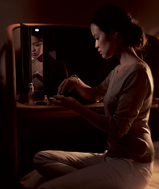 Coolest First-Class Amenities in Flight: Singapore Airlines