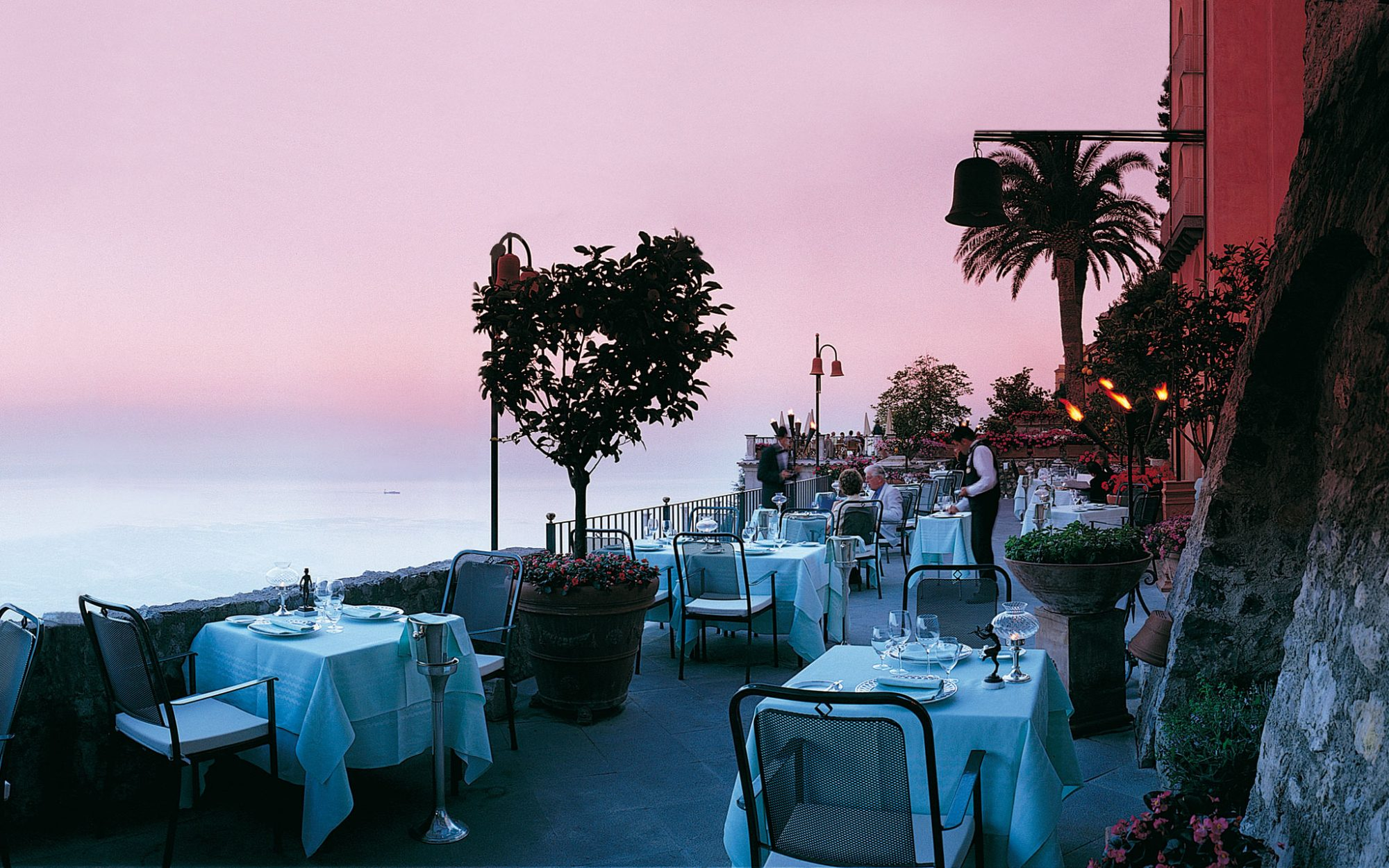 World's Most Amazing Restaurants With a View: Rosellinis