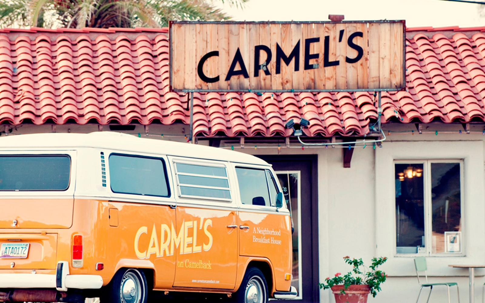 201404-w-americas-best-places-to-eat-like-a-local-carmels-breakfast-house