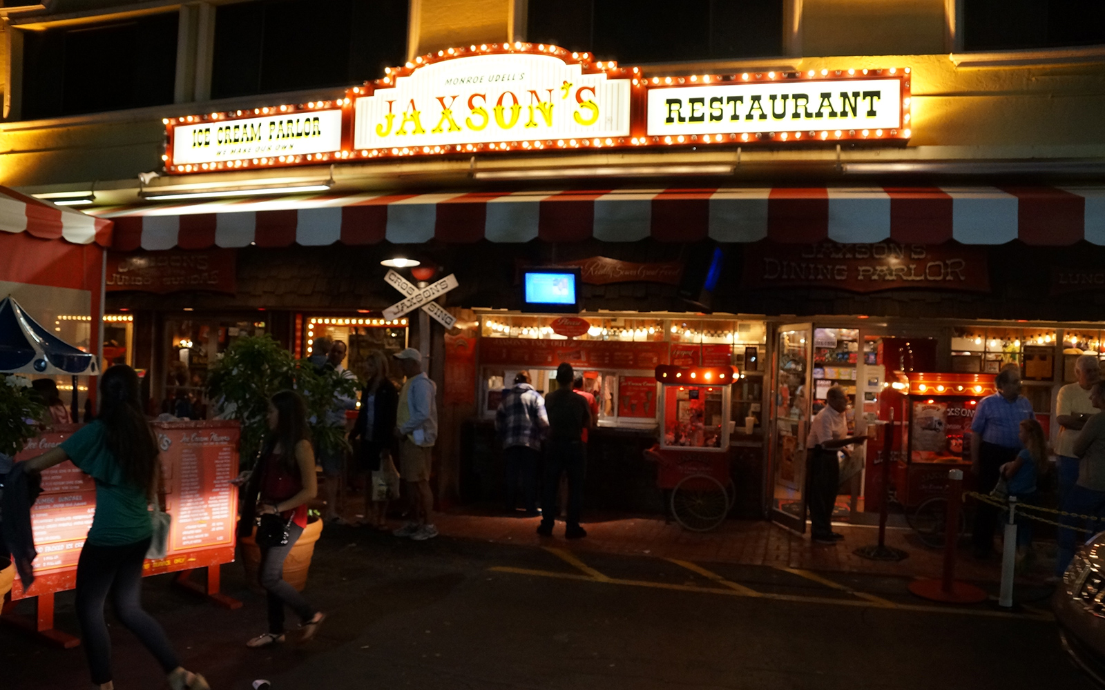 Jaxson's Ice Cream Parlor, Dania Beach, FL