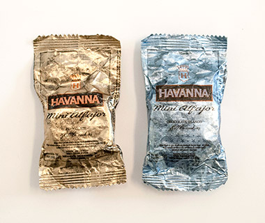 Airline Snacks: Havanna Alfajores Cookies, LAN