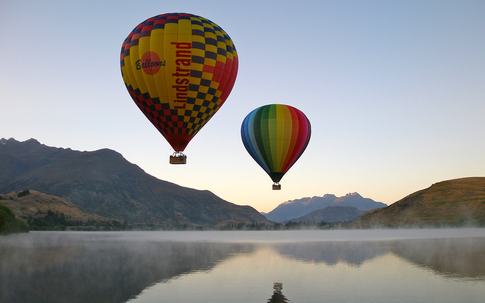 Best Hot-Air Balloon Rides: Queenstown, New Zealand