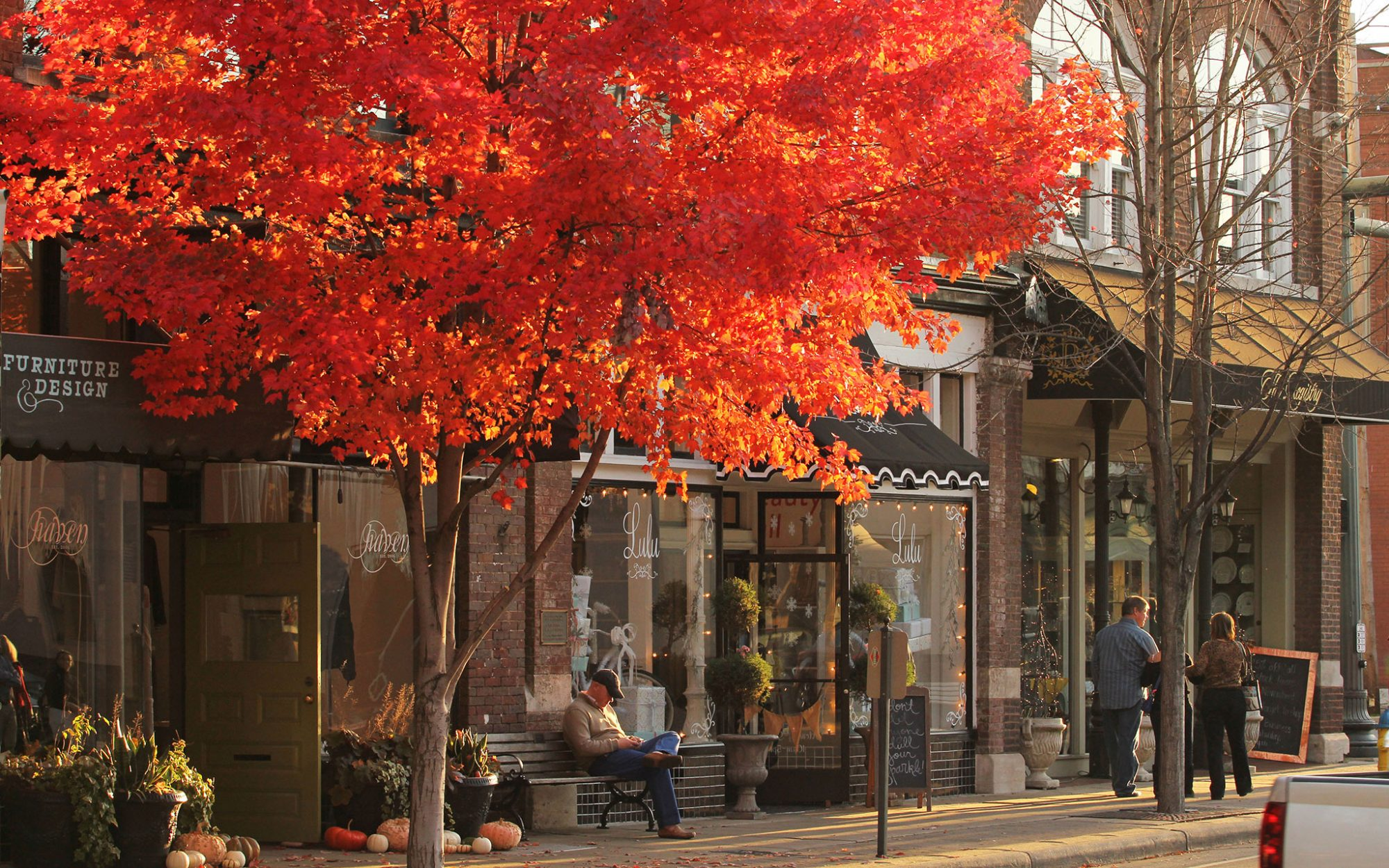 America's Best Towns for Fall Colors: Franklin, TN