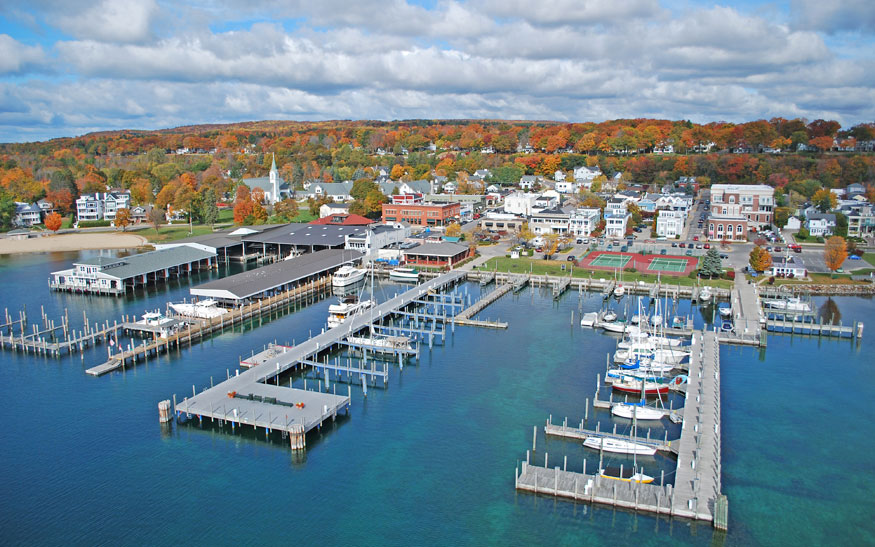 America's Best Towns for Fall Colors: Harbor Springs, MI