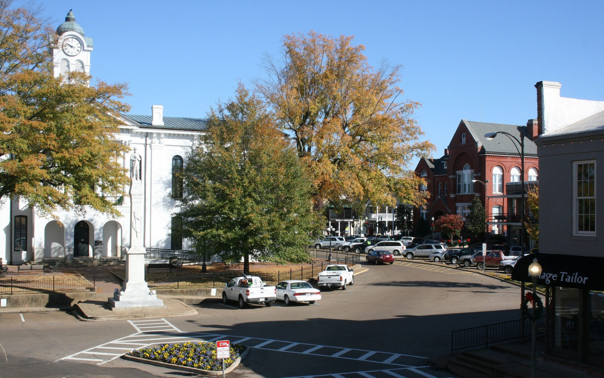 America's Best Towns for Fall Colors: Oxford, MS