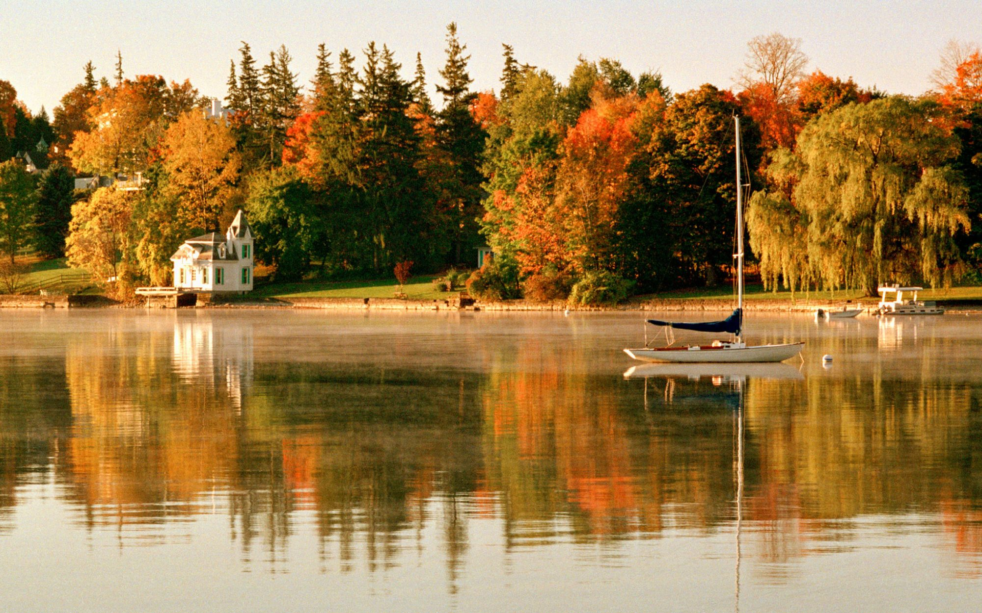 America's Best Towns for Fall Colors: Skaneateles, NY