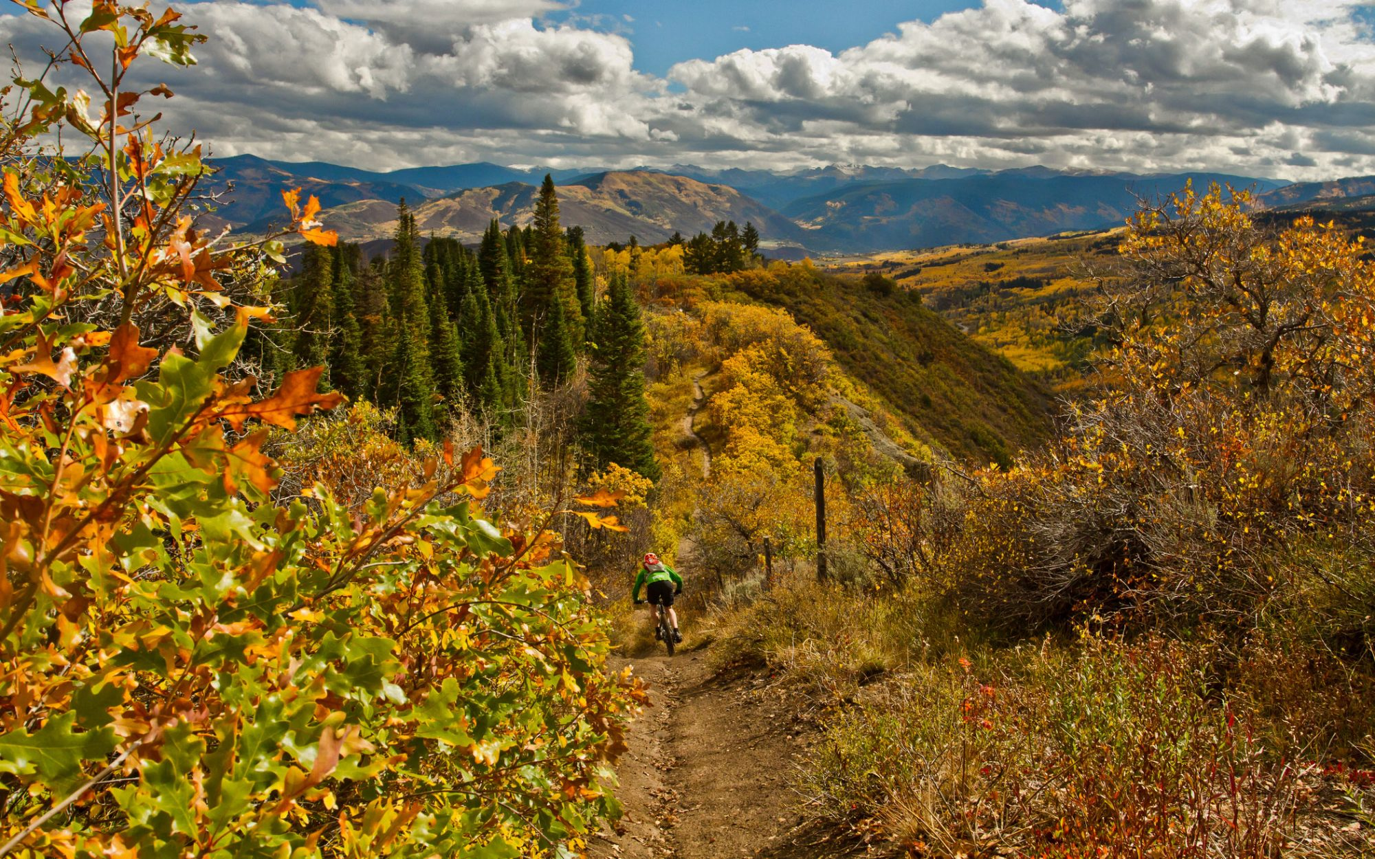 America's Best Towns for Fall Colors: Snowmass Village, CO