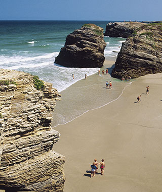 Beautiful Beaches to Visit in 2014: Beautiful Beaches to Visit in 2014: Beautiful Beaches to Visit in 2014: Playa de las Catedrales, Galicia, Spain
