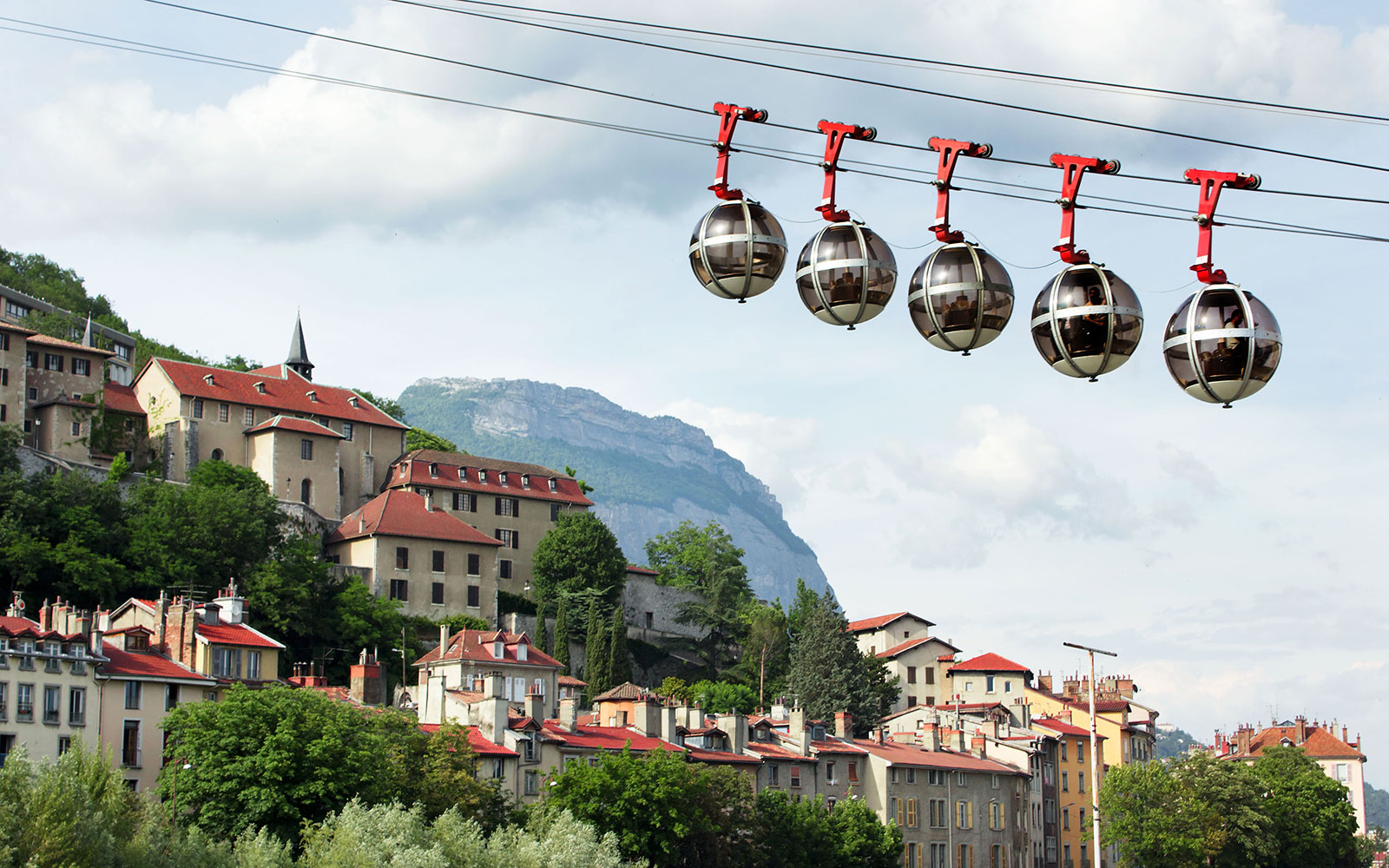 World's Coolest Tram Rides: Grenoble-Bastille Cable Car