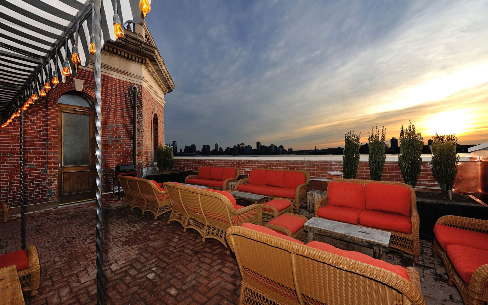America's Coolest Rooftop Bars: The Jane Rooftop, Manhattan (Downtown)