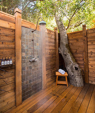 Coolest Outdoor Hotel Showers: Calistoga Ranch