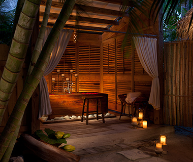 Coolest Outdoor Hotel Showers: Little Palm Island Resort