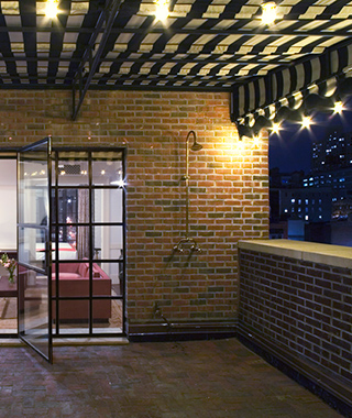 Coolest Outdoor Hotel Showers: Bowery Hotel