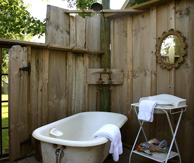 Coolest Outdoor Hotel Showers: Tryon Guest House Farm B&B