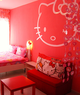 Strangest Vacation Rentals: Hello Kitty Apartment, Kunming, China