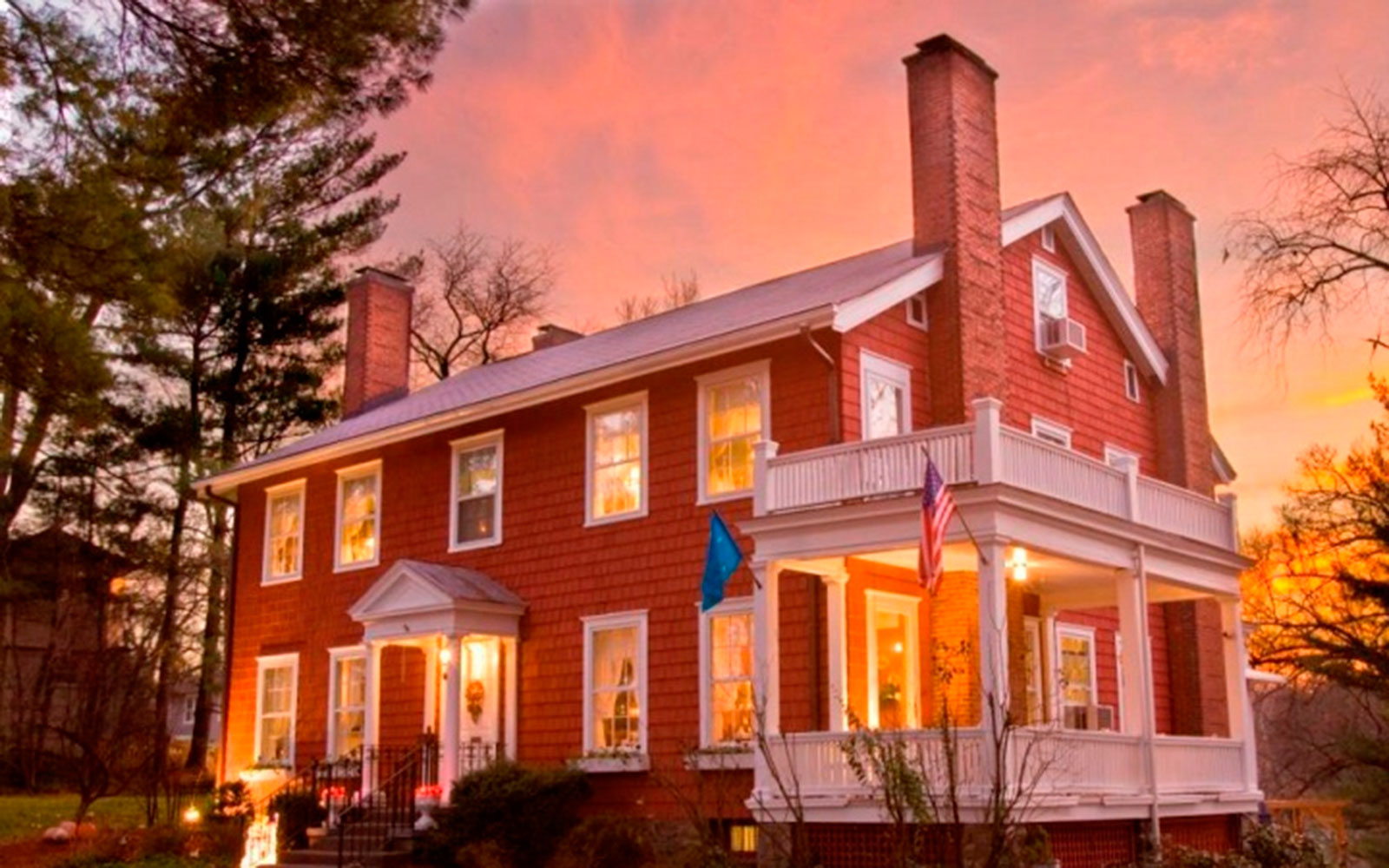 America's Best Hotels for Fall Colors: Applewood Manor, Asheville, NC