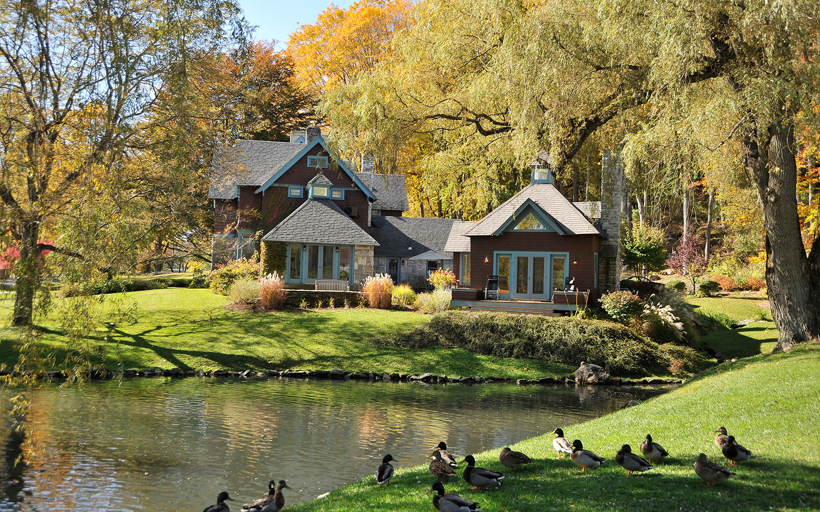 America's Best Hotels for Fall Colors: Stonover Farm, Lenox, MA