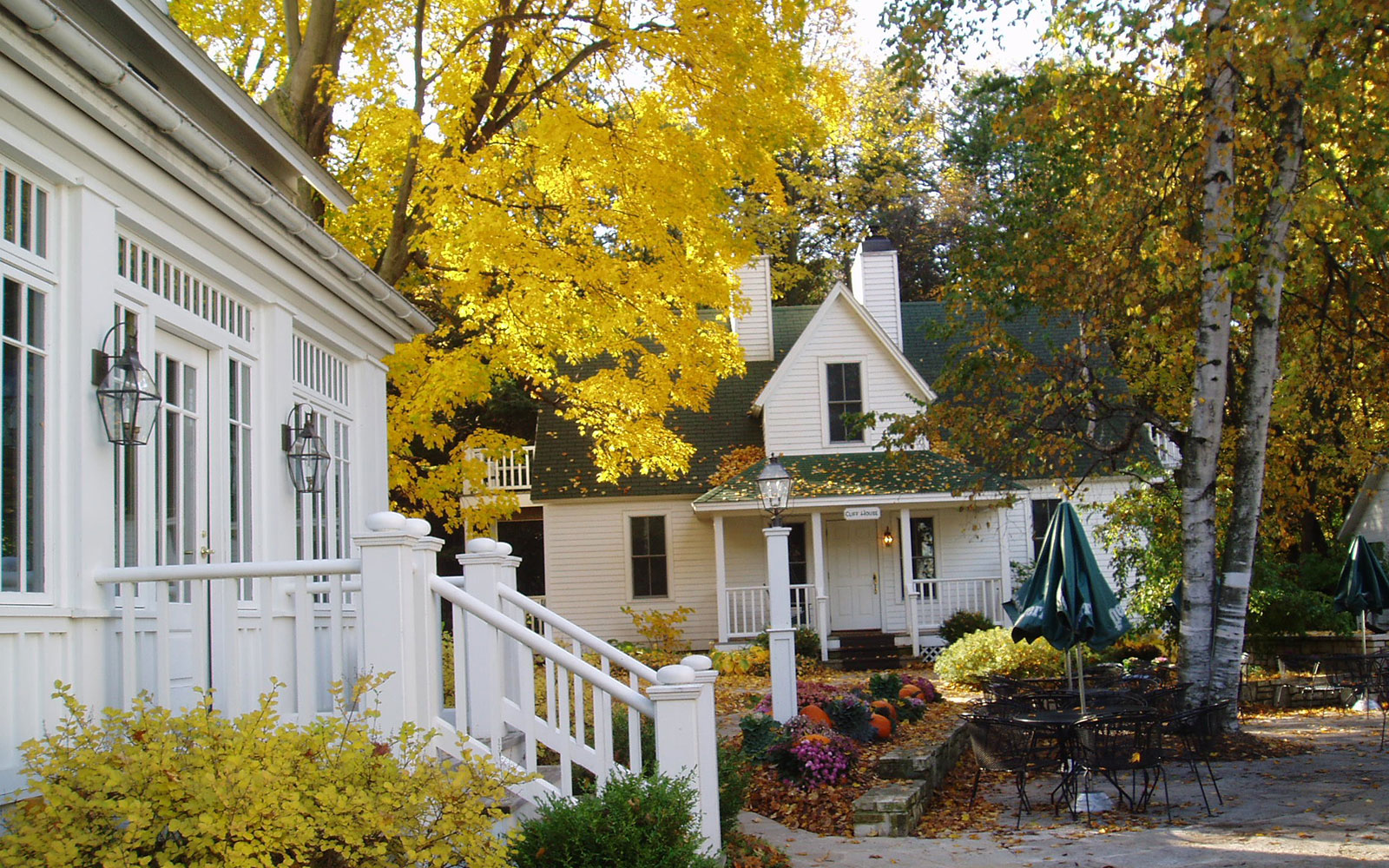 America's Best Hotels for Fall Colors: The White Gull Inn, Fish Creek, WI