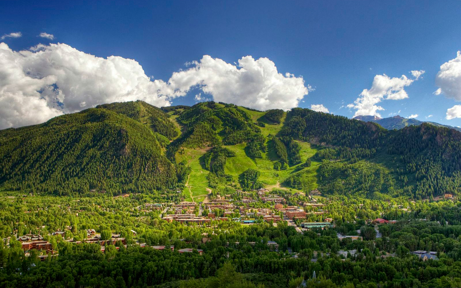 America's Favorite Towns: Aspen, CO