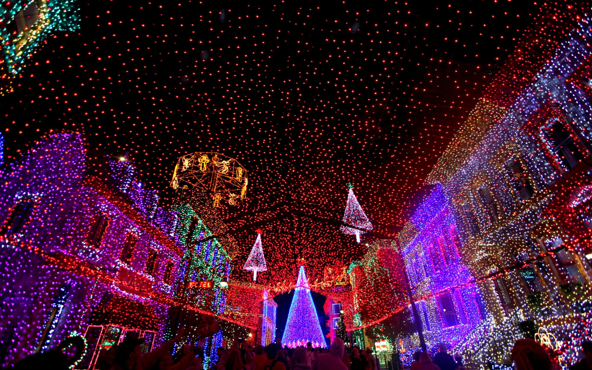 Disney Christmas Travel Tips: Admire Disney's Hollywood Studios After Dark