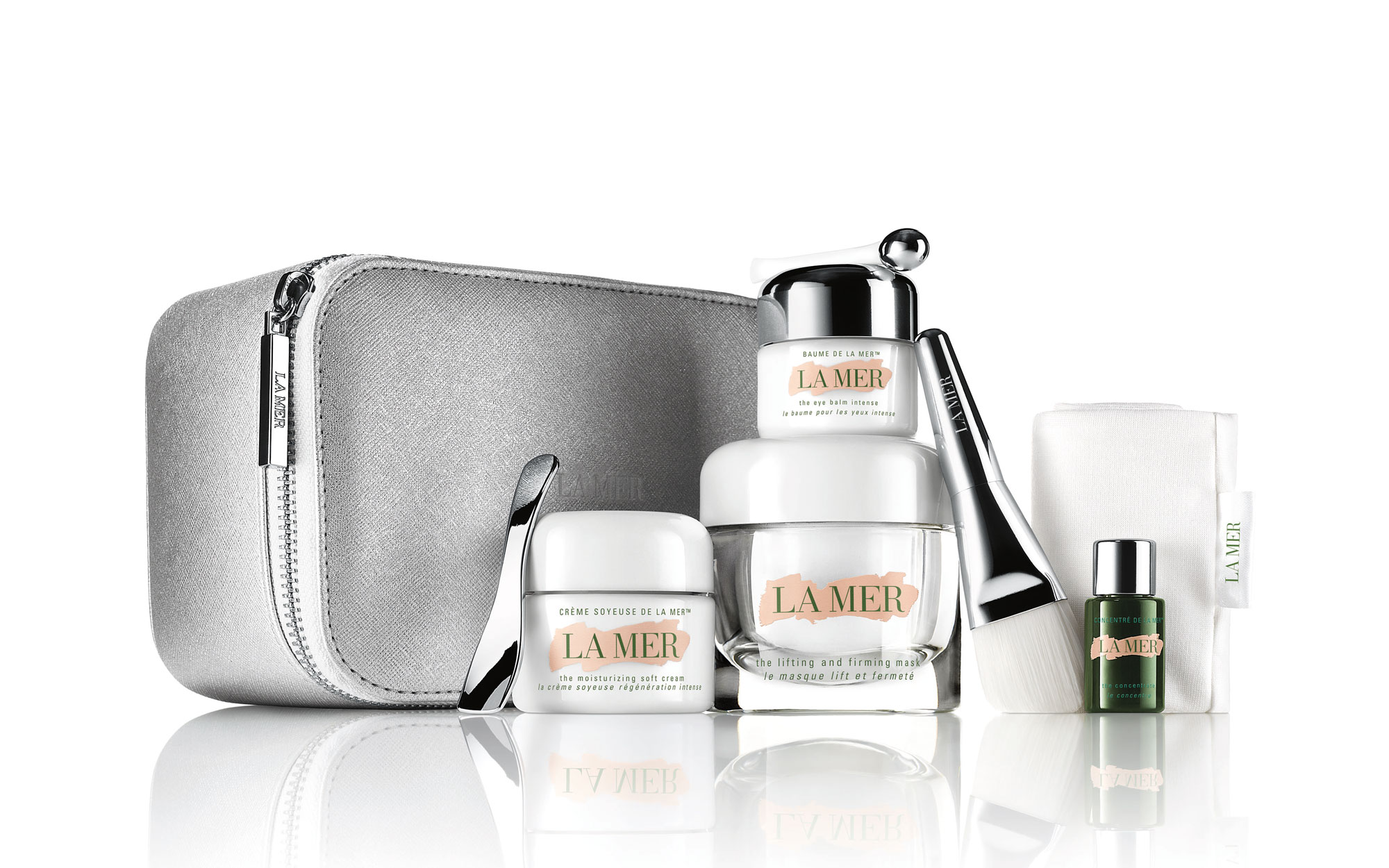Best Beauty Gifts for Travelers: La Mer Rejuvenating Collection Kit