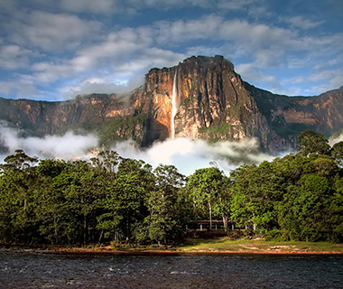 World's Most Amazing Cliffs: Auyán-tepui, Venezuela
