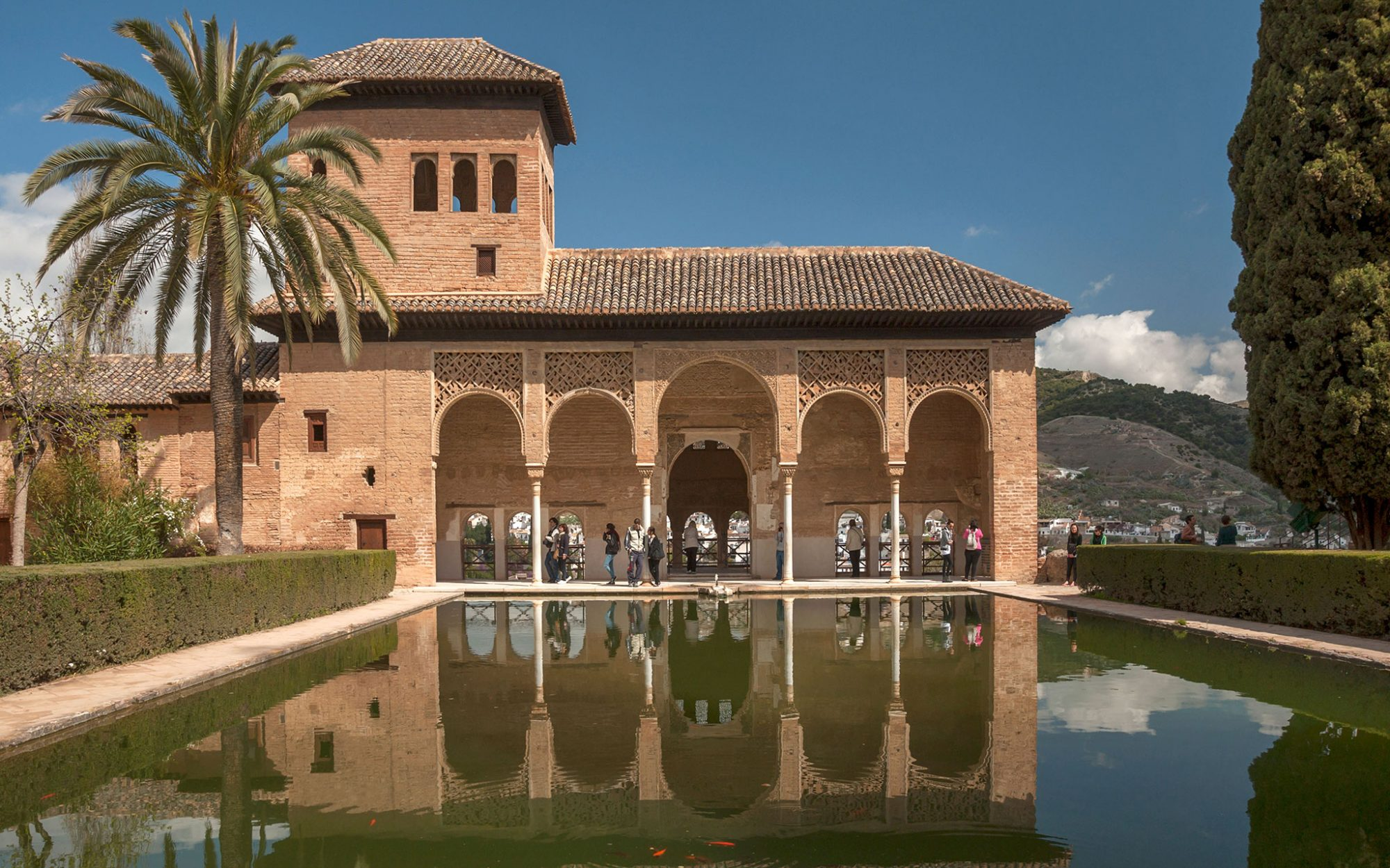 World's Most-Visited Castles: No. 9 Alhambra y Generalife, Grenada, Spain