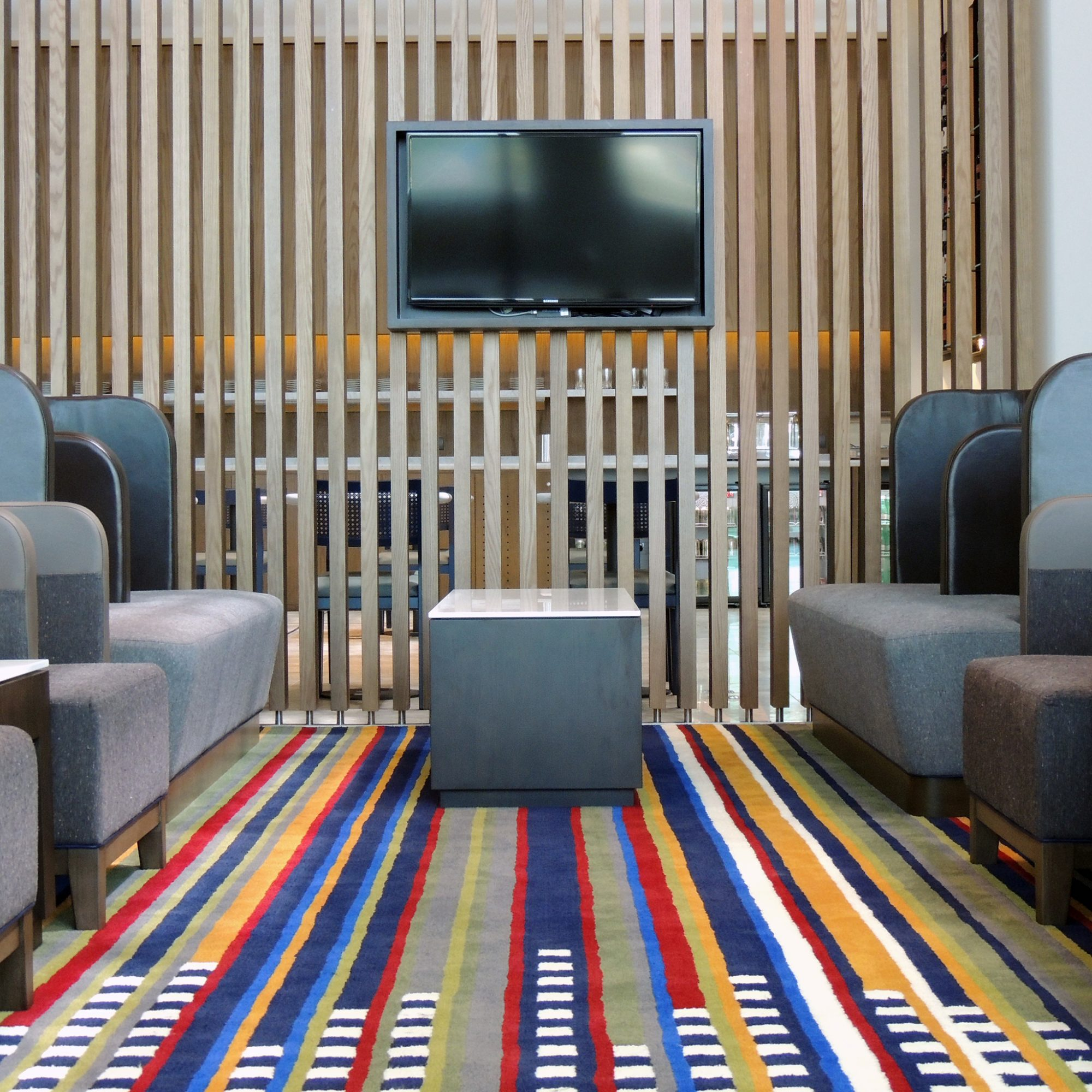 LATAM Airlines, Lounge