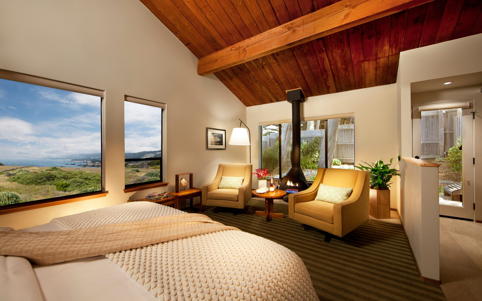 Cool Off-Season Beach Resorts: Sea Ranch Lodge, CA