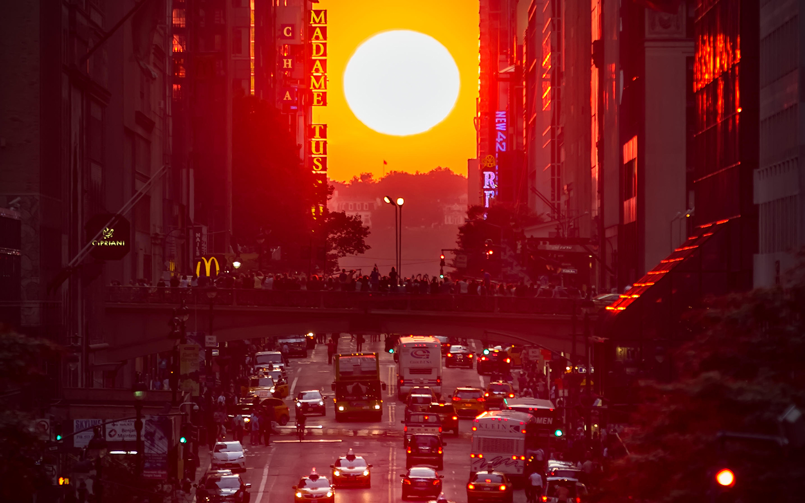 Nature's Most Spectacular Light Shows: Manhattanhenge in New York City
