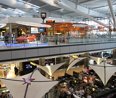 Best Airports for a Long Layover: London Heathrow