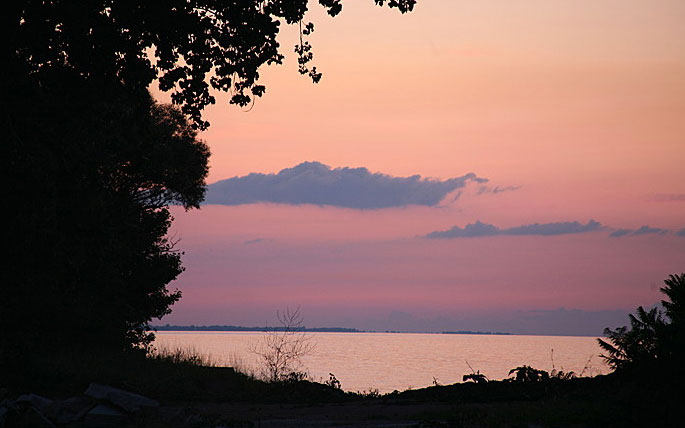 Best Beach Weekend Getaways: Exploring Lake Erie