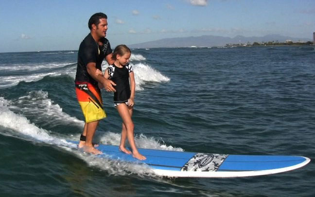 Summer Vacation Ideas: Learn to Surf in Honolulu