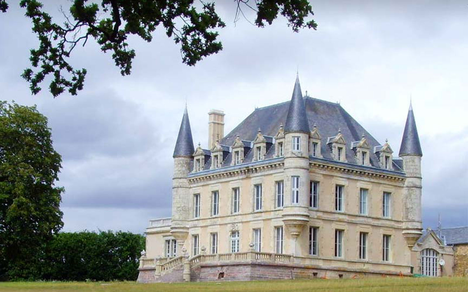 Nine New French Countryside Retreats to Live Out Your Provençal Dream Life: Chateau de la Goujonnerie, Vendee