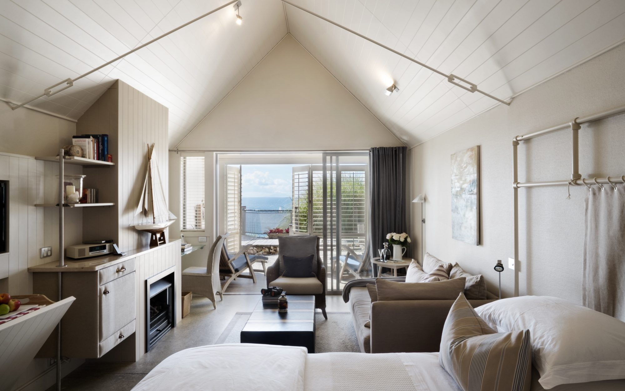 These Are the Best Hotels for Solo Travelers: The Boatshed, Waiheke Island, New Zealand