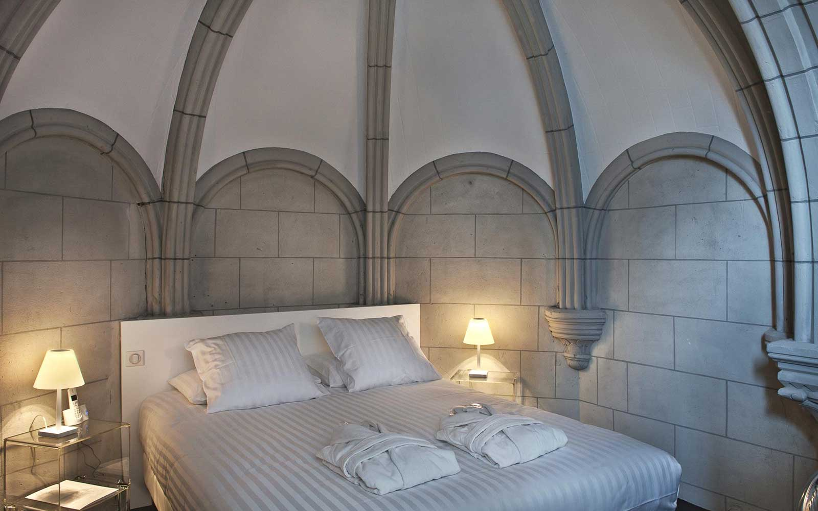 13 Grand Churches, Reincarnated: Hotel Sozo in Nantes, France