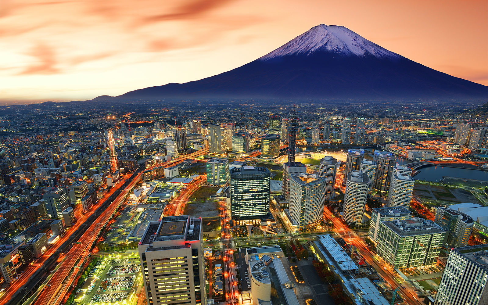 15 Destinations to Inspire Your Next Runner's High: Tokyo