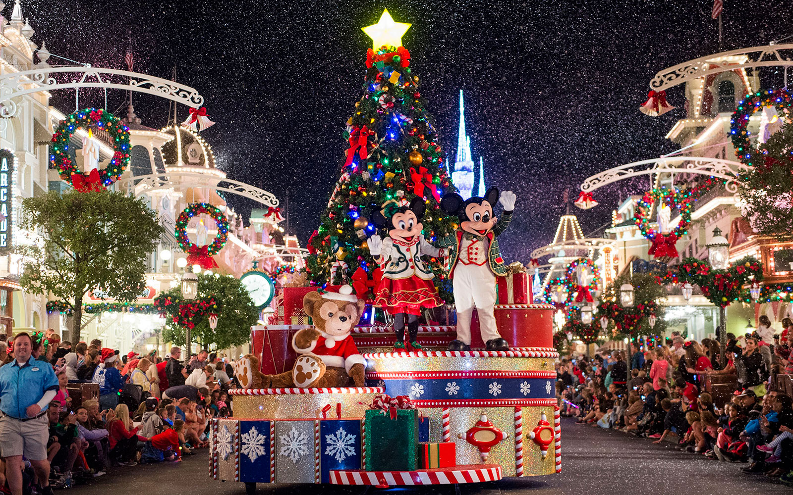 Things You Didn't Know About Disney Parks: Christmas