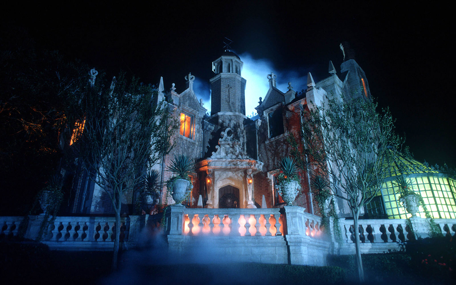 Things You Didn't Know About Disney Parks: Haunted Mansion