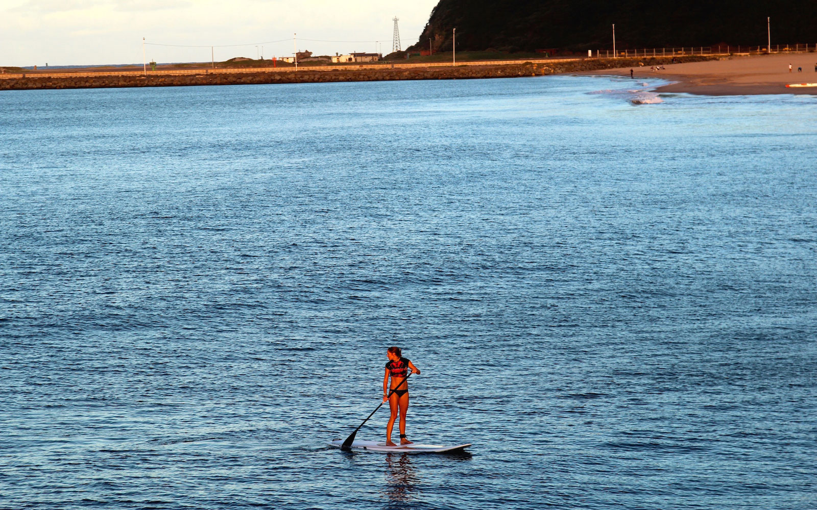 DURBAN0615-Lone-paddle-boarder-on-Golden-Mile.jpg