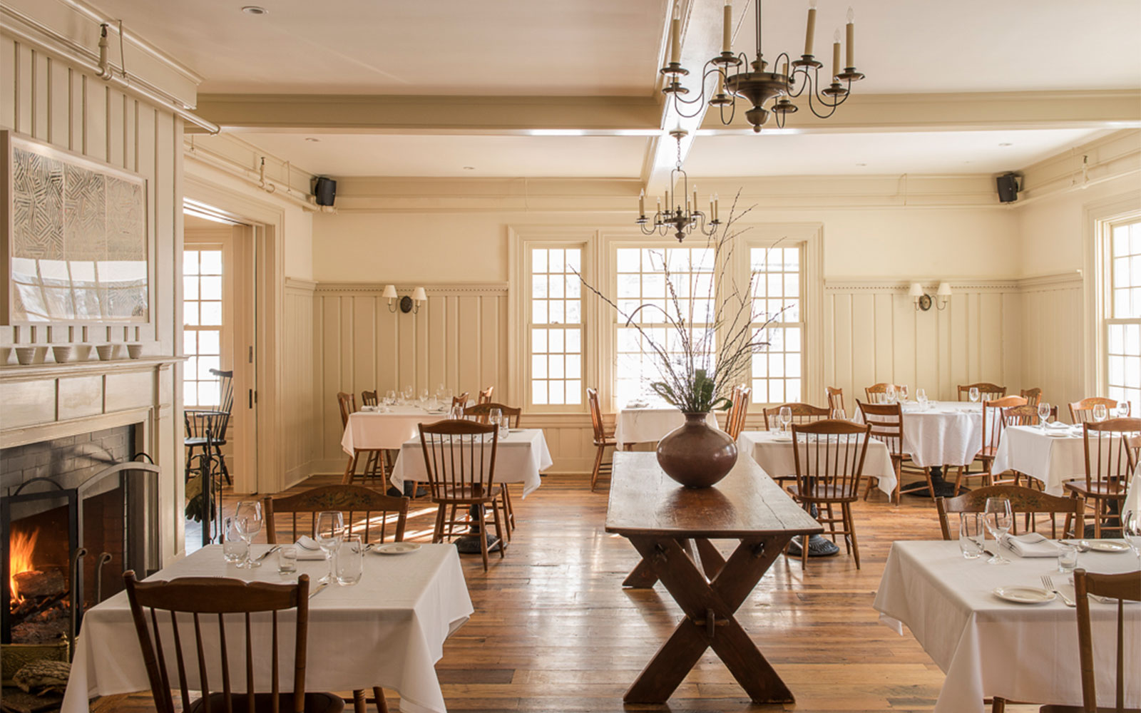 11 Intimate East Coast Inns to While Away Your Summer: White Hart Inn in Salisbury, Connecticut