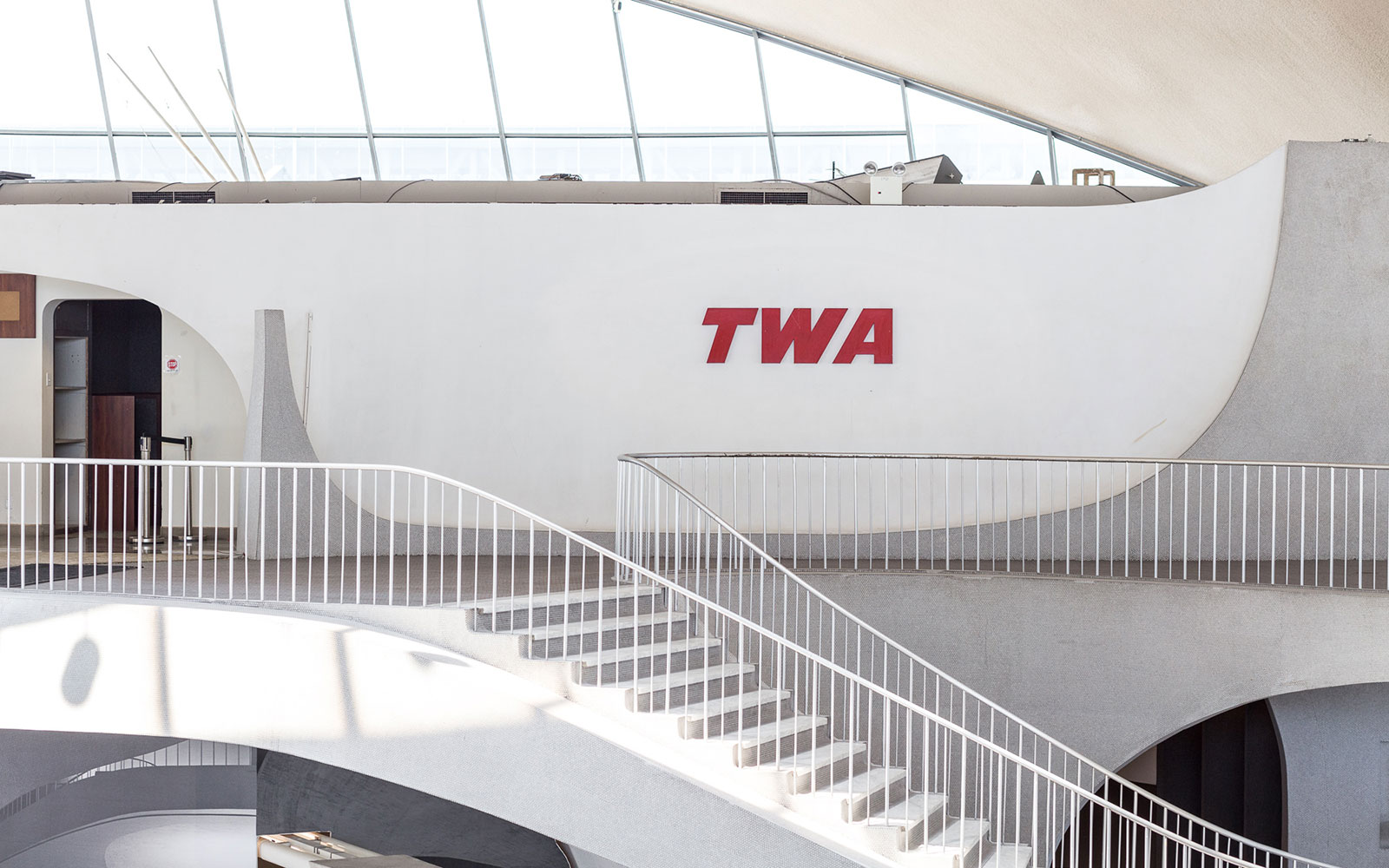 In Photos: the Inextinguishable Glamour of New York's 1962 TWA Terminal