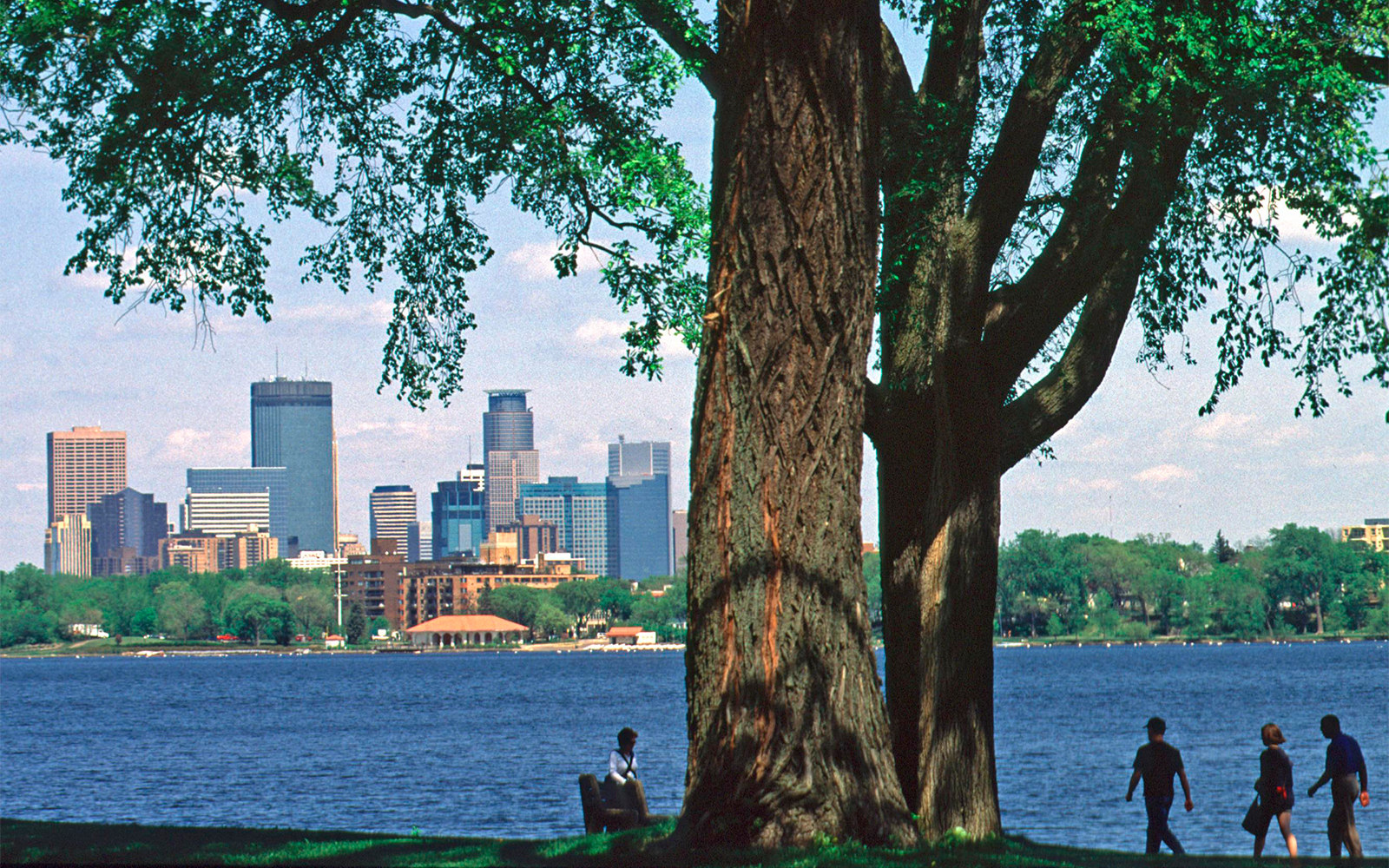 America's Best Cities for Picnics: No. 17 Minneapolis/St. Paul