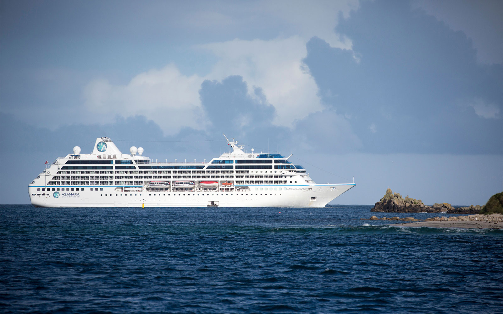 World's Best Ocean Cruise Lines: Large-Ship Ocean Cruise Line: Azamara Club Cruises